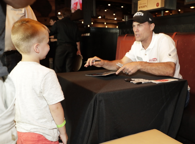 meet and greet kevin harvick championship